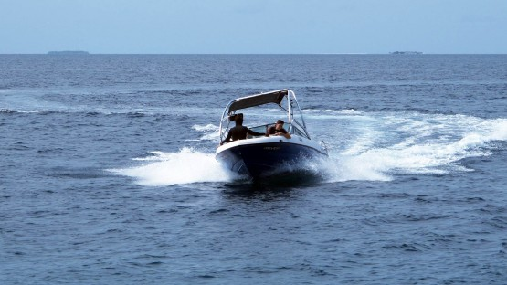Ocean_Water_Sports_Speedboats