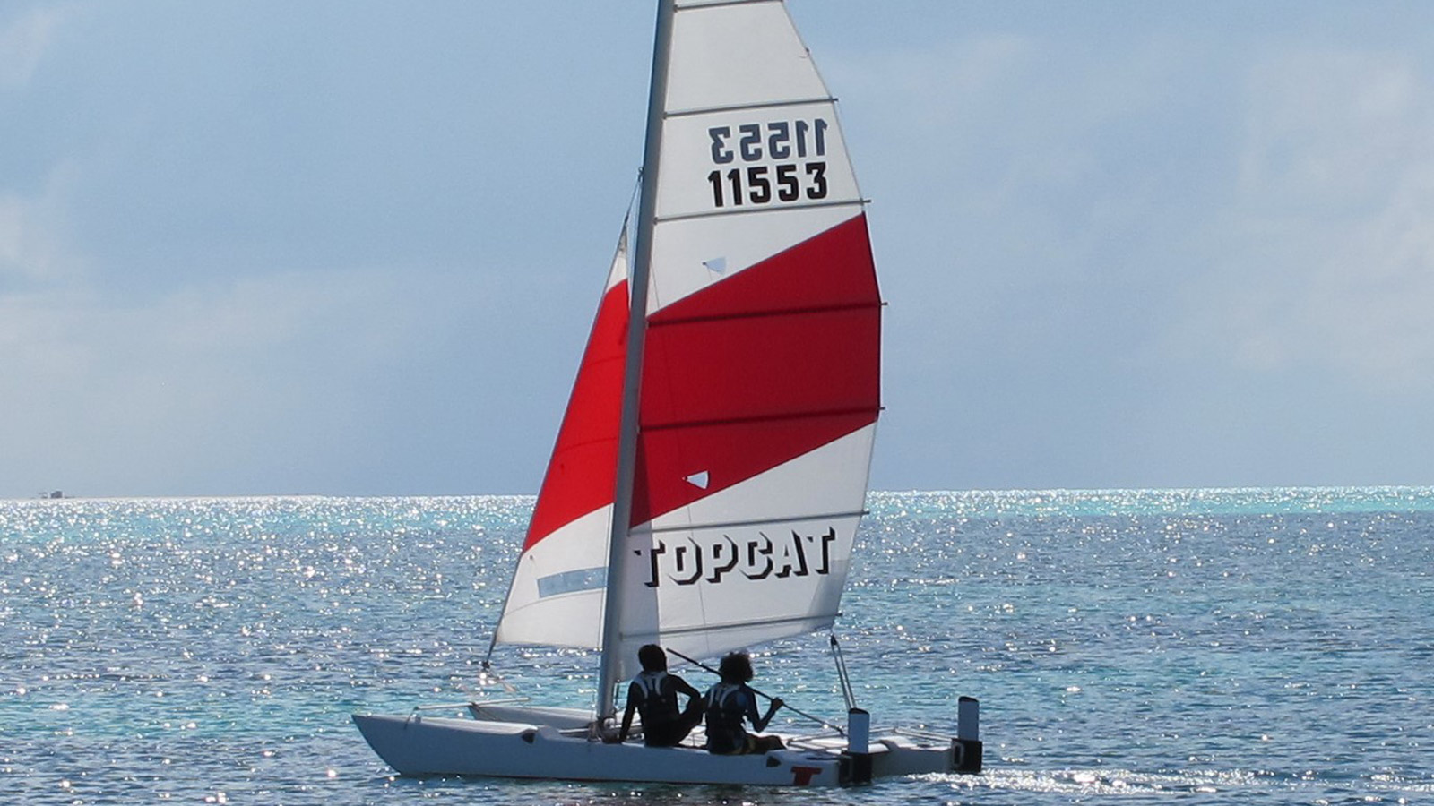 Catarmaran sailing Maldives watersports